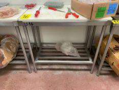 1 Mesa de trabajo de acero inoxidable de 2 niveles con tabla Nylamid, medidas 0.60 x 1.00 x 0.90