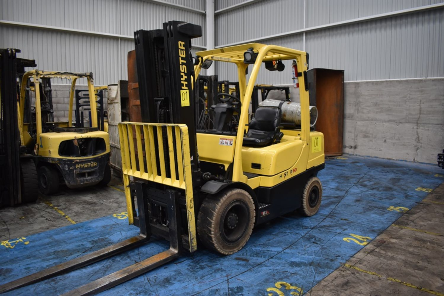 Forklifts! - More than 70 Yale and Hyster Models, Kuka Articuled Robots, complete waterjet cutting line and much more!!