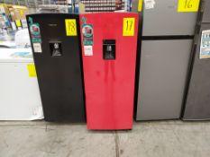 Refrigerador Convencional marca Hisense, Modelo RR63D6WRX, Serie 1B0176Z0200JBC147E20005, Color Roj