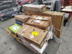 Lote de Equipo para Gimnasio Incluye 9 cajas Aproximadamente, Favor de Inspeccionar (No se asegura