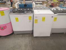 Lote de 3 piezas: Lavadora Marca Mabe de 13 Kg, Modelo LMDX3124PBAB0 Serie 21040121AME0653, Color B
