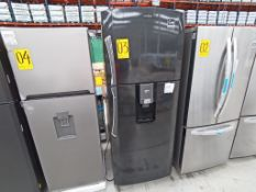 1 Refrigerador con dispensador de agua, Marca Mabe, Modelo RMT510RY, Serie 2107B421146, Color Negro