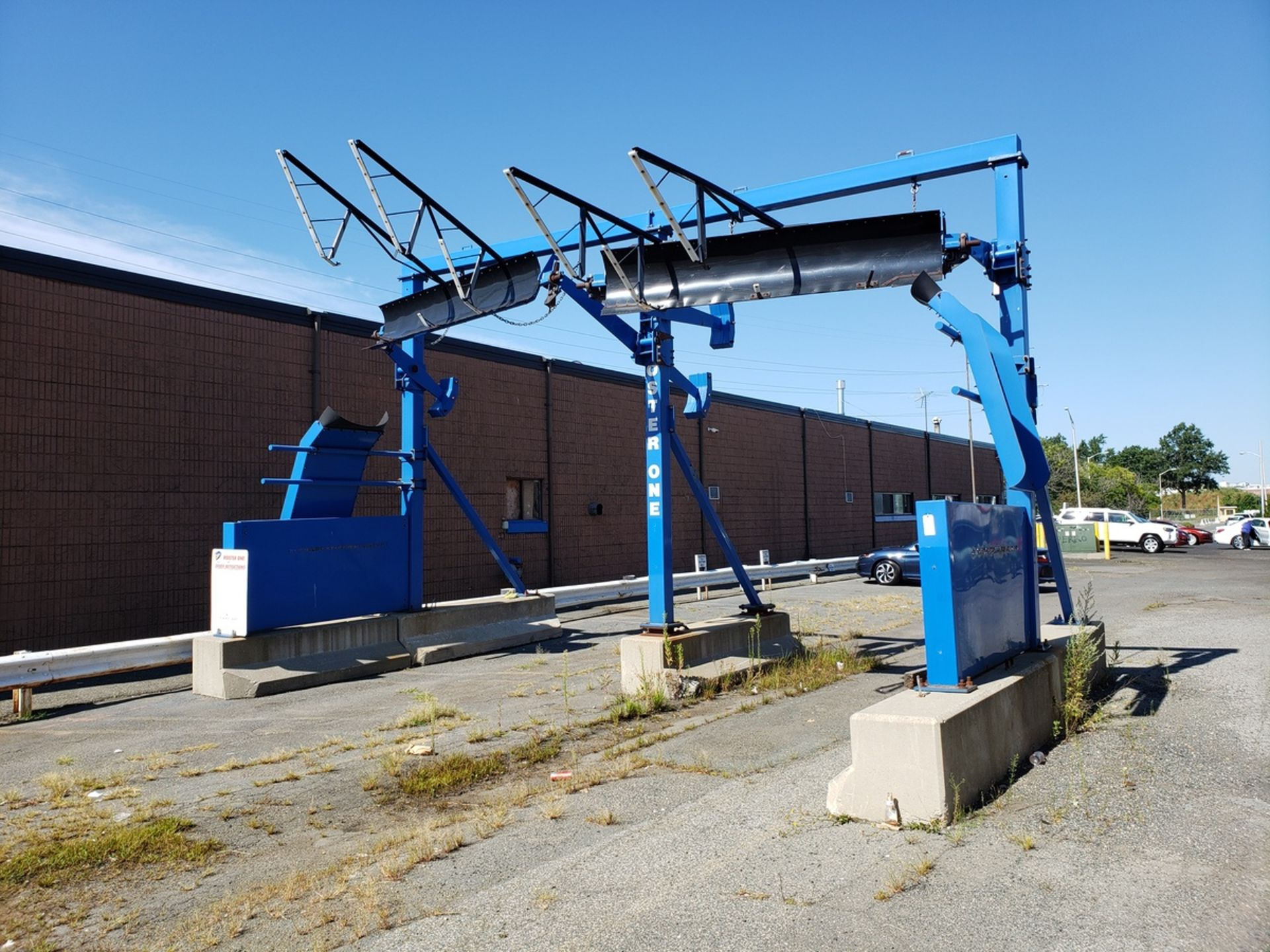 JD Trailer Protection Company Rooster One Trailer Snow Removal Equipment   Rig Fee: $4500