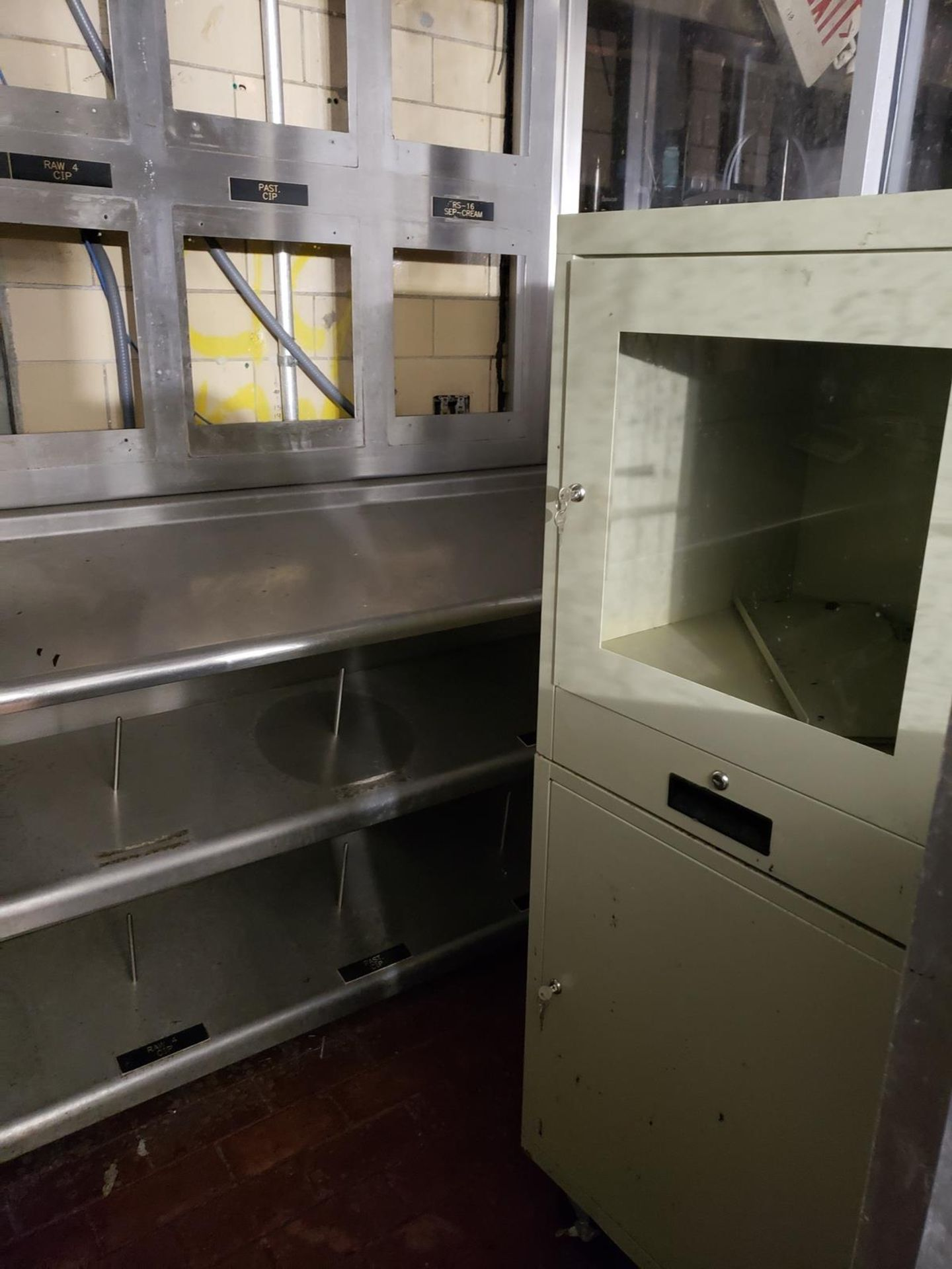 Garelick Control Shed | Rig Fee: $1800 - Image 3 of 3