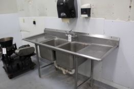 STAINLESS STEEL TWO BAY SINK | Reqd Rig Fee: $200