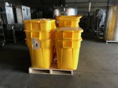 (11) RUBBERMAID TRASH CANS WITH LIDS (1 LID MISSING) | Rig Fee: $50