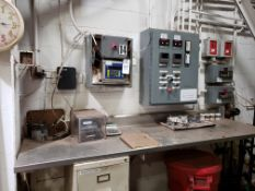 Lot of Process Controllers | Rig Fee: $100