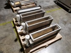 Lot of (3) Flour Dusters | Rig Fee: $50