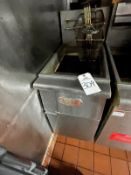 Avantco 2 Basket Natural Gas Deep Fryer