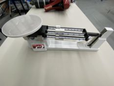 Ohaus Triple Beam 700-800 Series Scale