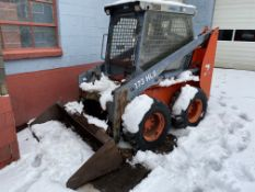 Thomas #173 HLS Enclosed Cab Rubber Tired Skid Steer w/6' Bucket - Hrs: 901 - Machine Runs