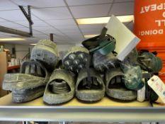 (Lot) Spike Shoes