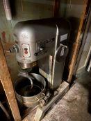 Hobart 60 Quart Mixer #H600, Single Phase, 1.5HP, 200V, w/Hook & Bowl S/N: 11-293-335