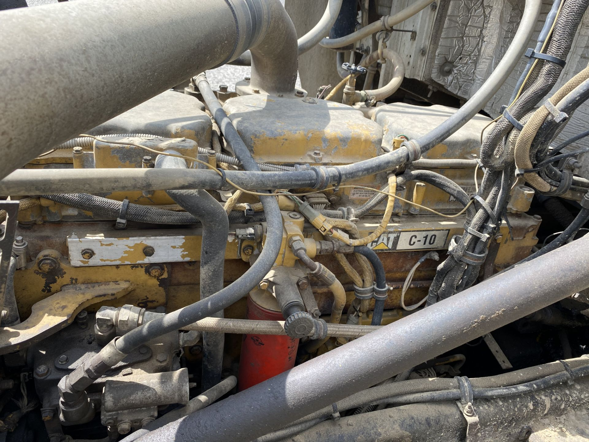 2000 Western Star 12 Wheel Dump w/ Drop Axle, Cat Diesel C10 6 CYL. 78,000 GVWR, ODOM 323,142, - Image 8 of 8