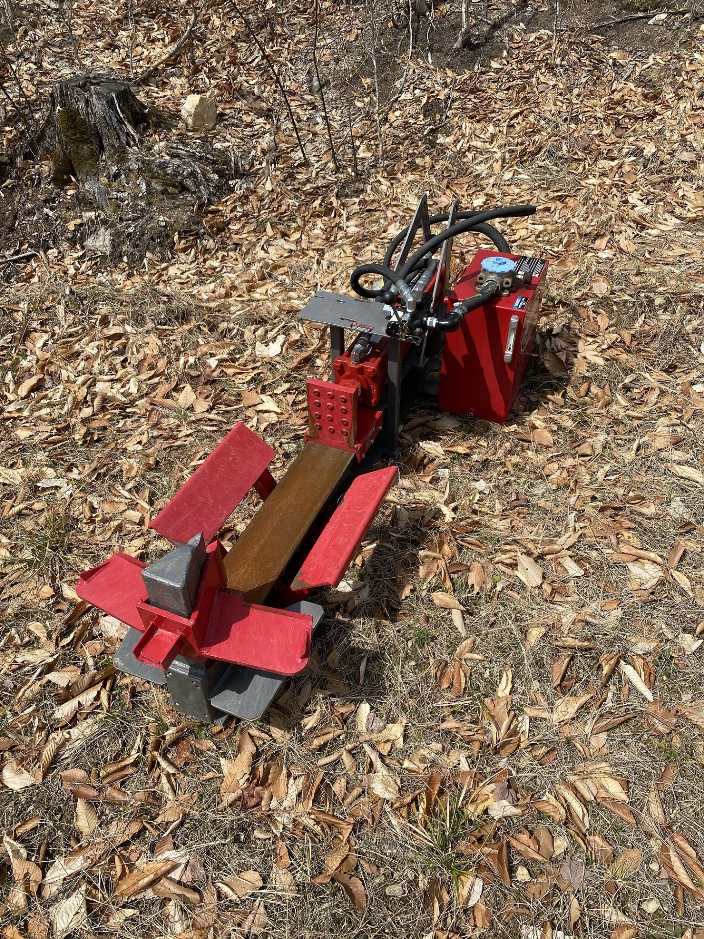 Timber Wolf Log Splitter w/Prince Attachment. 3000 PSI, Bore 5, 3 Part Attachment, 23 Stroke, - Image 2 of 4