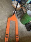 Haul Master 2.5 Ton Pallet Jack w/3 Position Control Lever