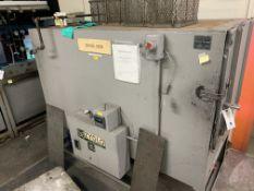 Zyglo Testing Laboratory Oven #ZL29480 w/Honeywell Digital Readout (UNIT WORKS) 3 Phase, 220V, 60Hz,