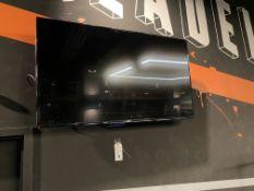"Hisense 55"" Flat Panel TV w/Mount"
