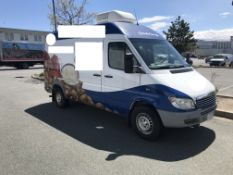 2003 Freightliner Diesel Food Truck with Onan Gasoline Generator (1042 Hrs:) Odom. 61,030,
