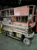 JLG 20' #M2033 Scissor lift Platform