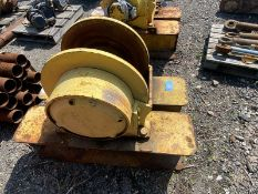 (2) Pullmaster Winches w/Base