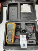 Fluke #1577 Insulation Meter w/ Leads and Case
