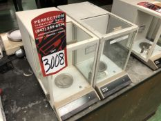 Lot Comprising of (1) METTLER AE 100 Analytical Balance Scale, and (1) METTLER AE 200 Analytical
