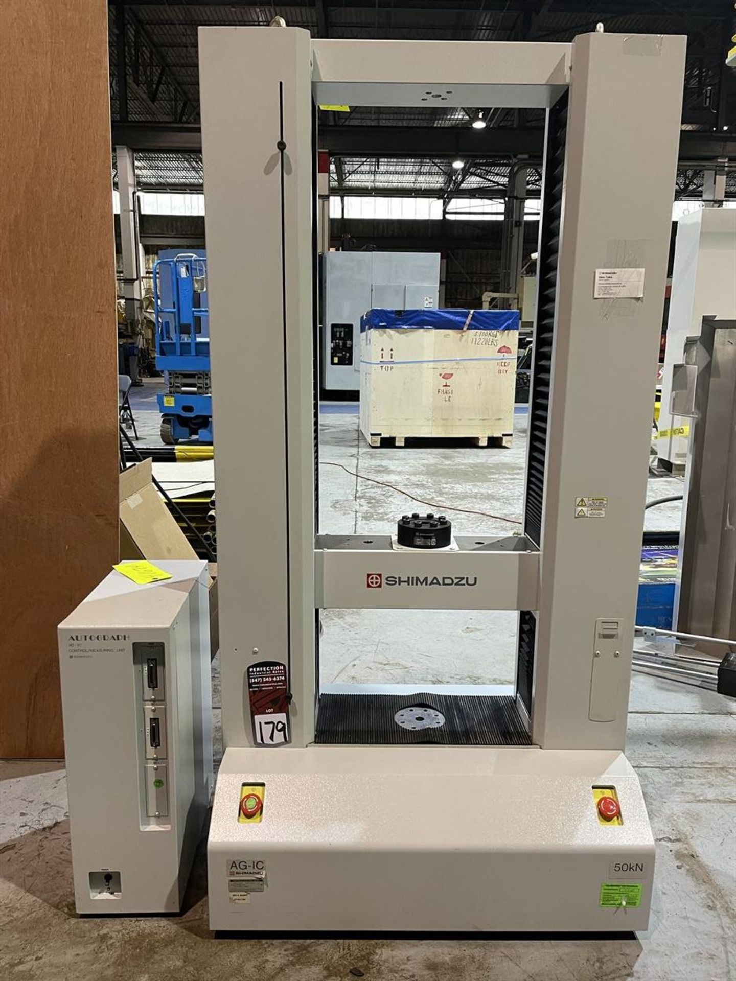 SHIMADZU AG-IC UNIVERSAL / TENSILE STRENGTH TESTER, s/n I30124936053, Autograph AG-IC Control/ - Image 2 of 5