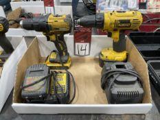 Lot Comprising DEWALT 20V and 14.4V Drill Drivers