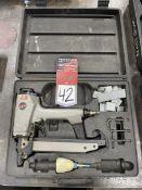 JET JDPN-675 Pneumatic Staple Gun