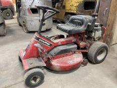 "Snapper SR928 Riding Lawn Mower, 8 HP Briggs & Stratton Engine, 28"" Capacity"