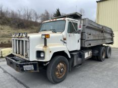 1998 INTERNATIONAL 2674 6X4 Dump Truck, VIN #1HTGLAHT4XH638972, 20,036 Miles