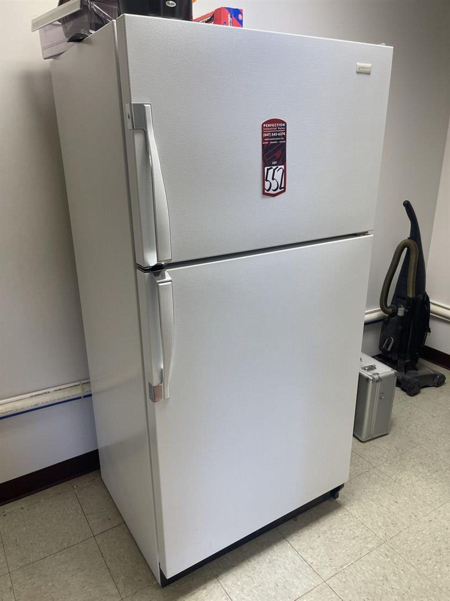MAGIC CHEF Refrigerator/Freezer