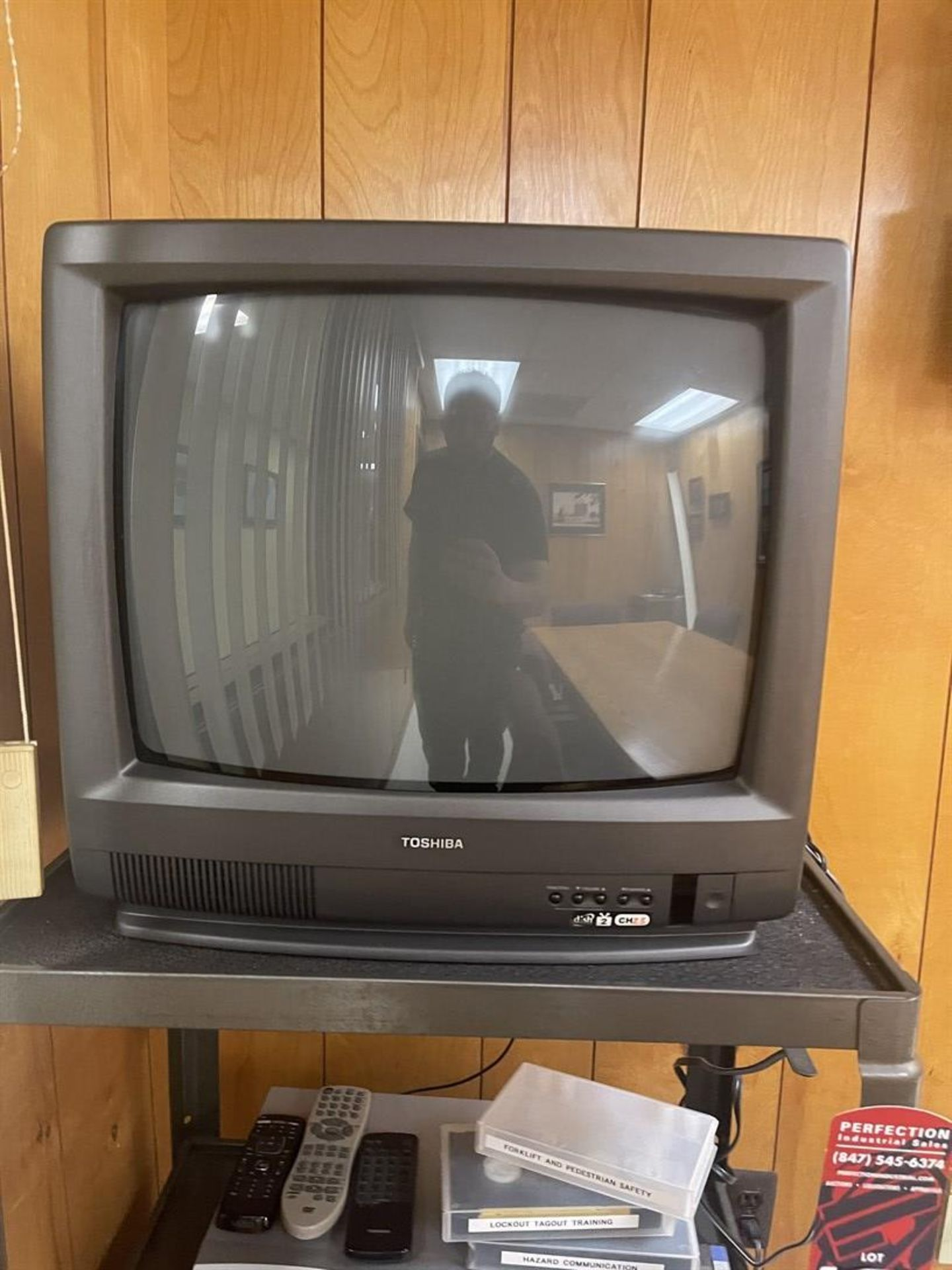 Rolling TV Cart w/ Toshiba TV and Combination VCR/DVD Player - Image 2 of 3