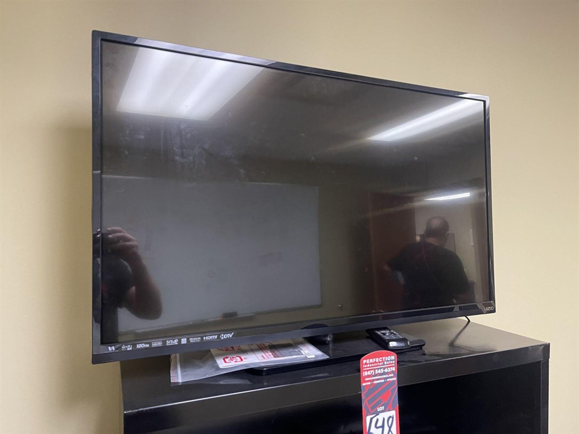 VIZIO E420i-A0 Flatscreen TV w/ Wall Mount