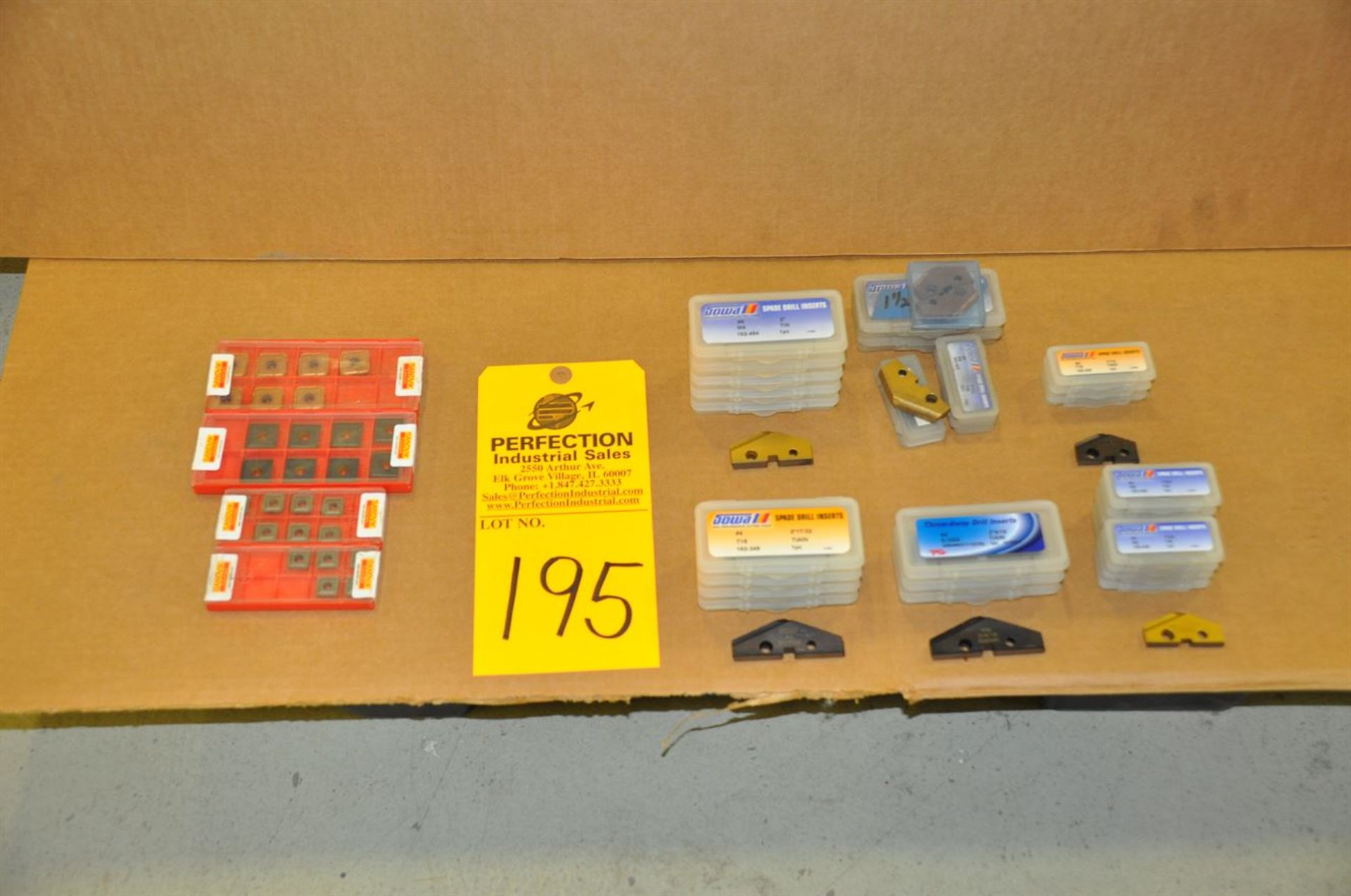 Lot Assorted Carbide Inserts