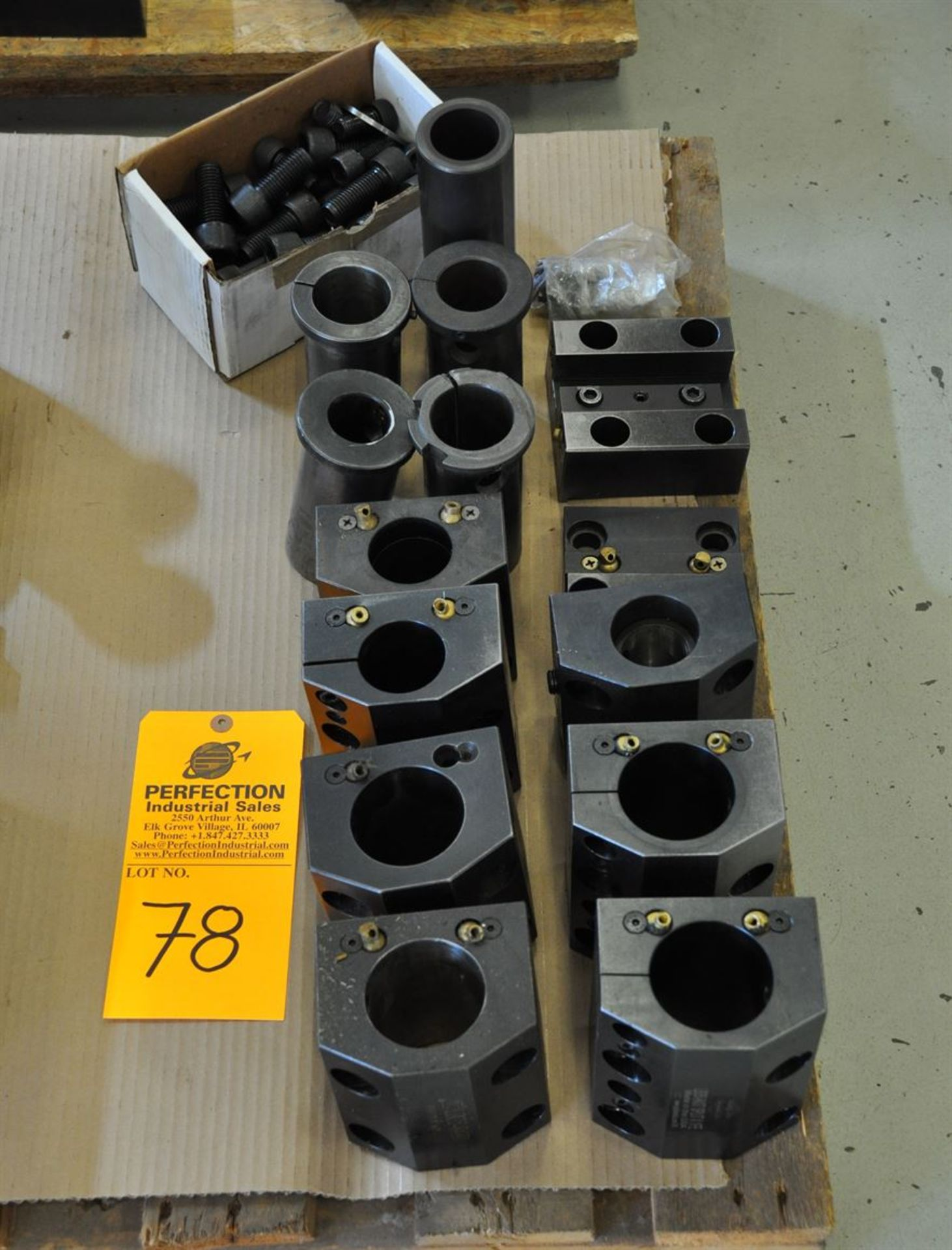 """(7) LB35 2.5"""" and 2"""" boring bar holders & (2) 1"""" stick tool holders"""