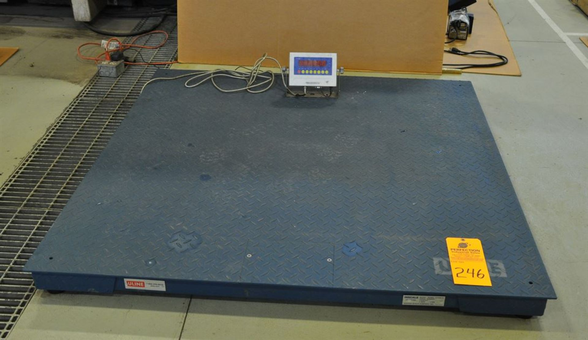 "U-LINE 10,000 lb Digital Platform Scale, w/ 60""x 60"" Low Profile Platform"