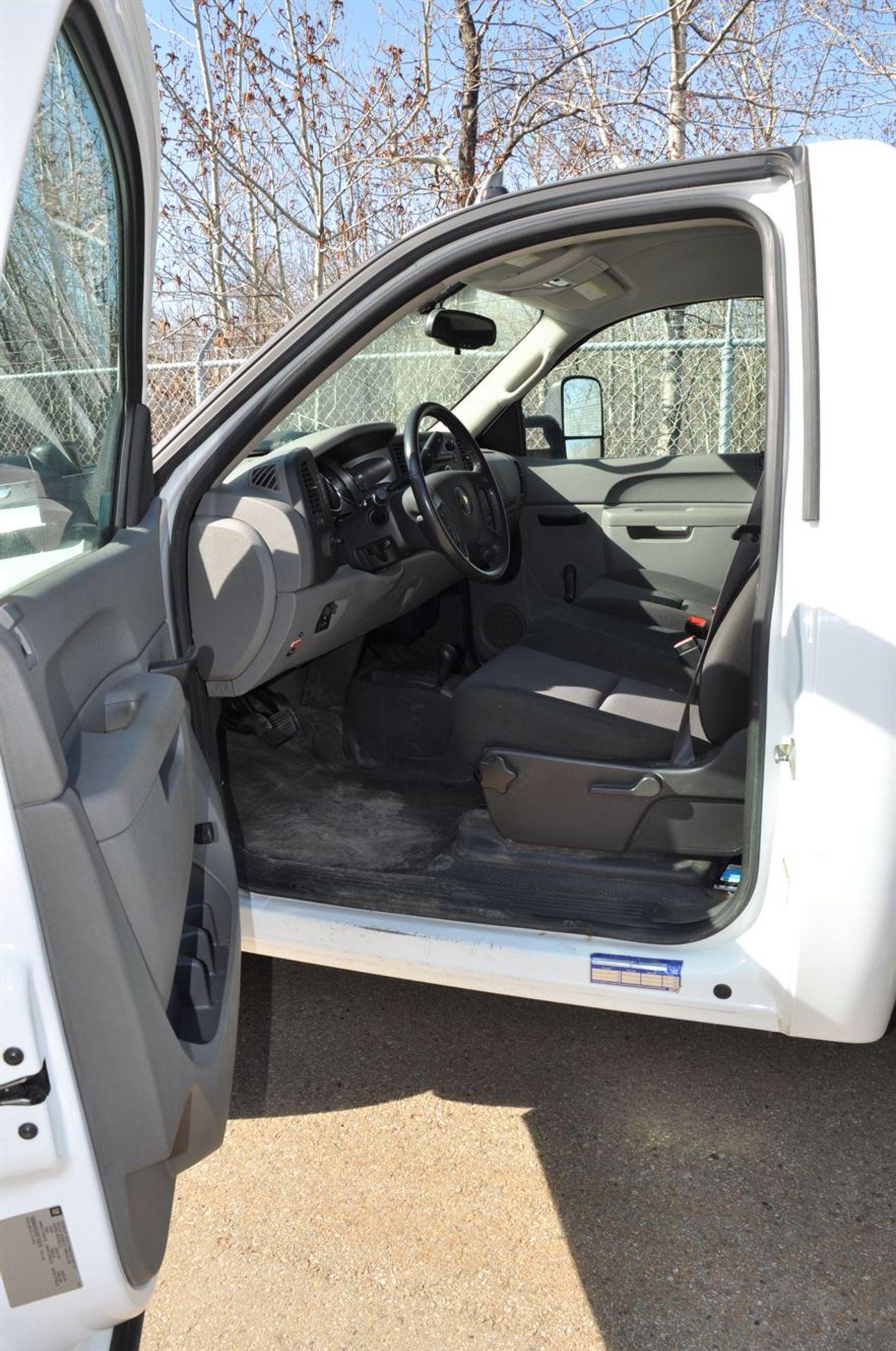 2012 CHEVROLET SILVERADO 3500 HD Flat Deck Dually Truck, VIN 1GB3KZCGXCF155813, w/ VORTEX Engine, - Image 6 of 9