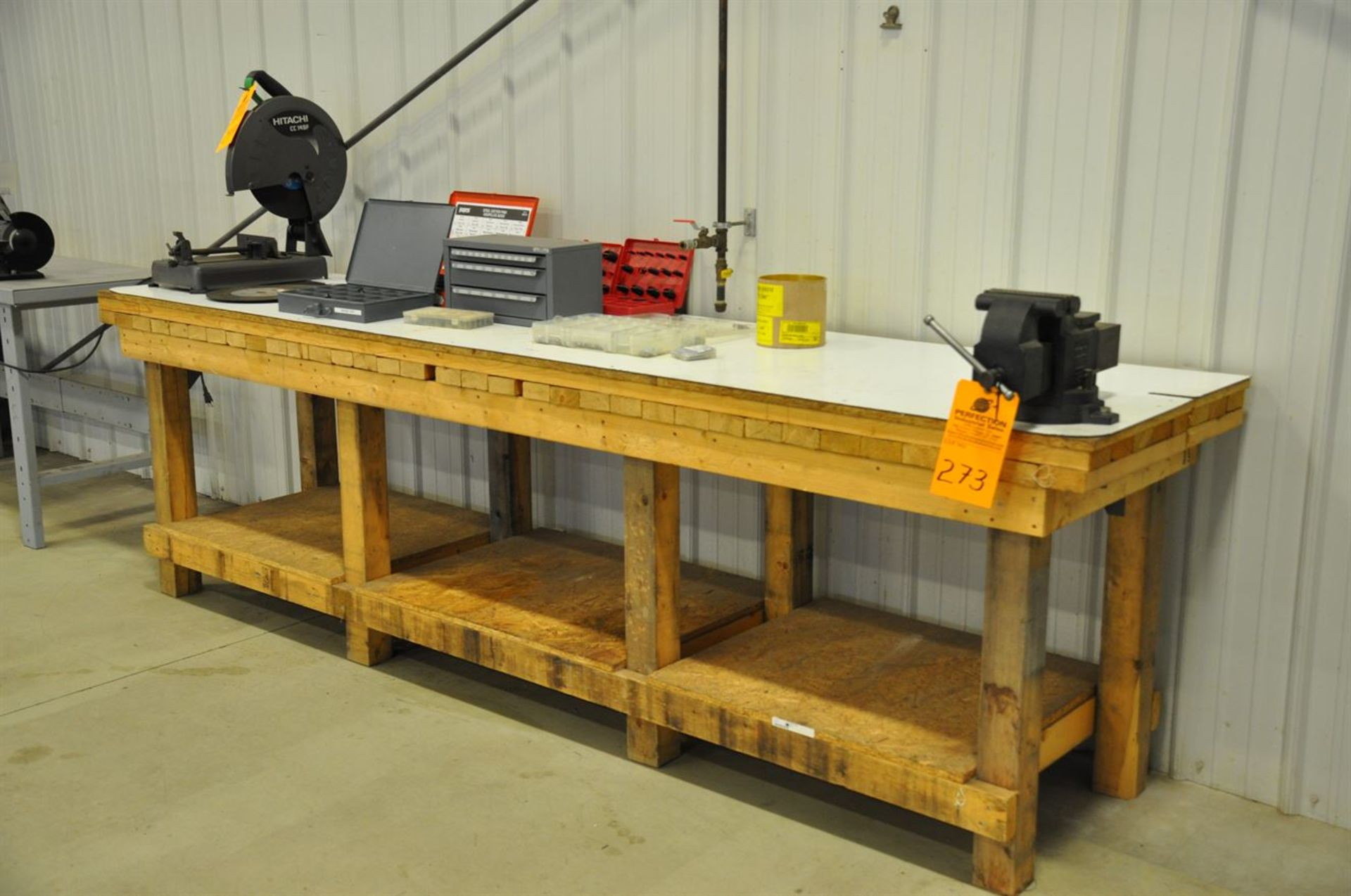 """Heavy duty Wooden Work Bench, 28""""x120 w/ 6"""" Vise (No Contents)"""