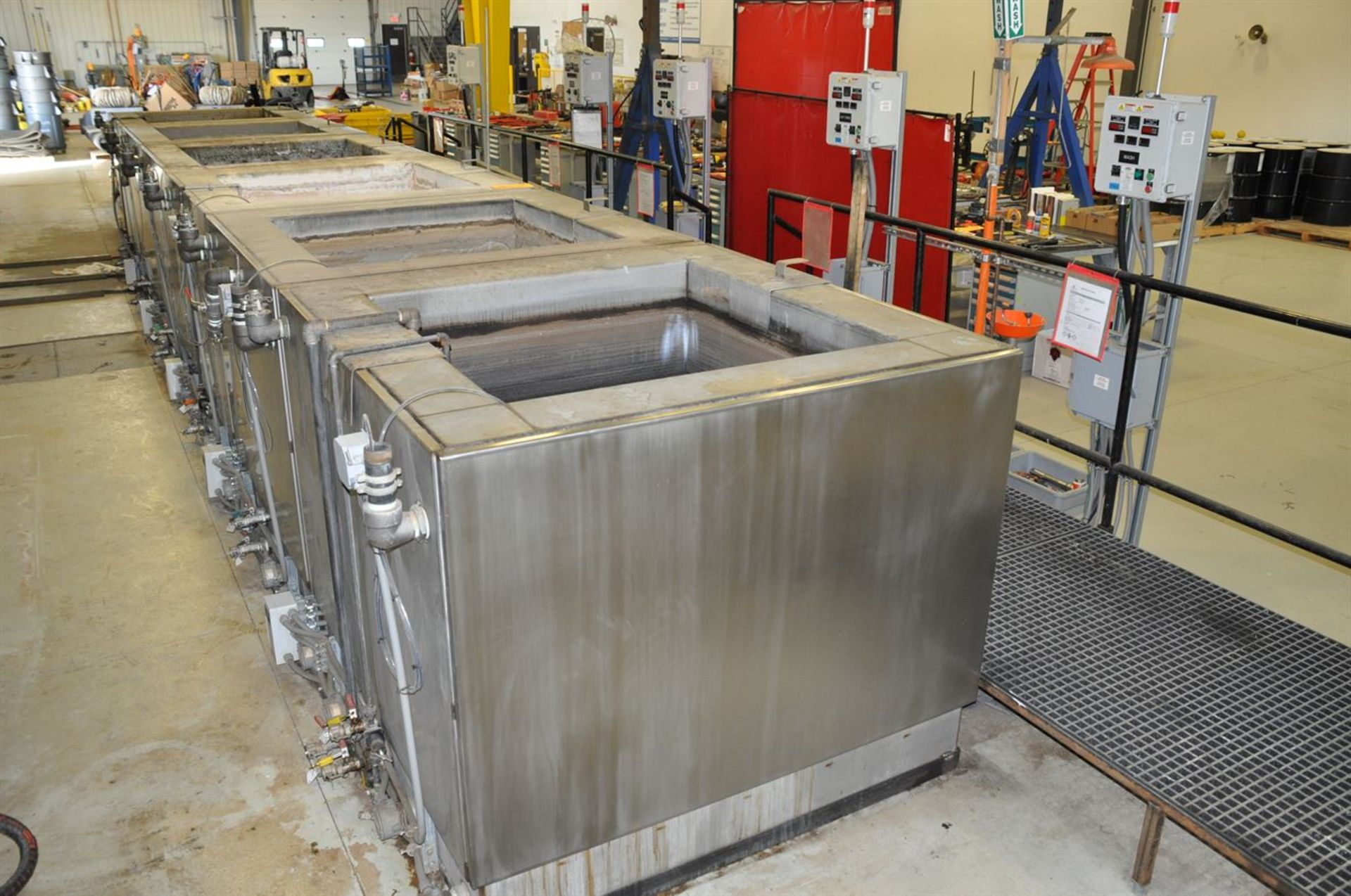 """2015 CUSTOM 6 Stainless Steel Jacketed Tank Phosphatizing System, w/ (6) 48"""" Cube Stainless Steel - Image 2 of 5"""