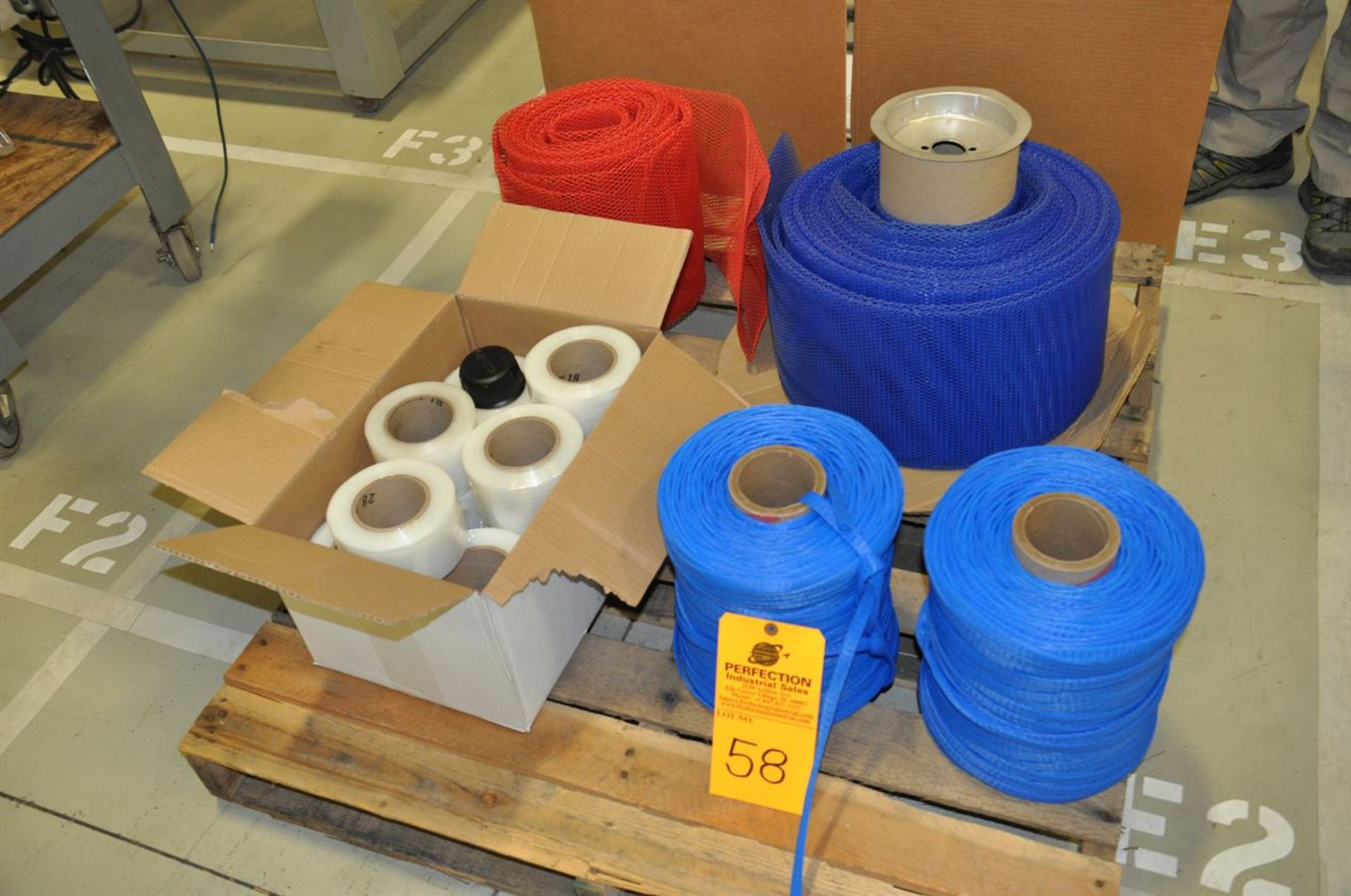 """Sleave netting and case and 16 rolls of 3"""" shrink wrap"""