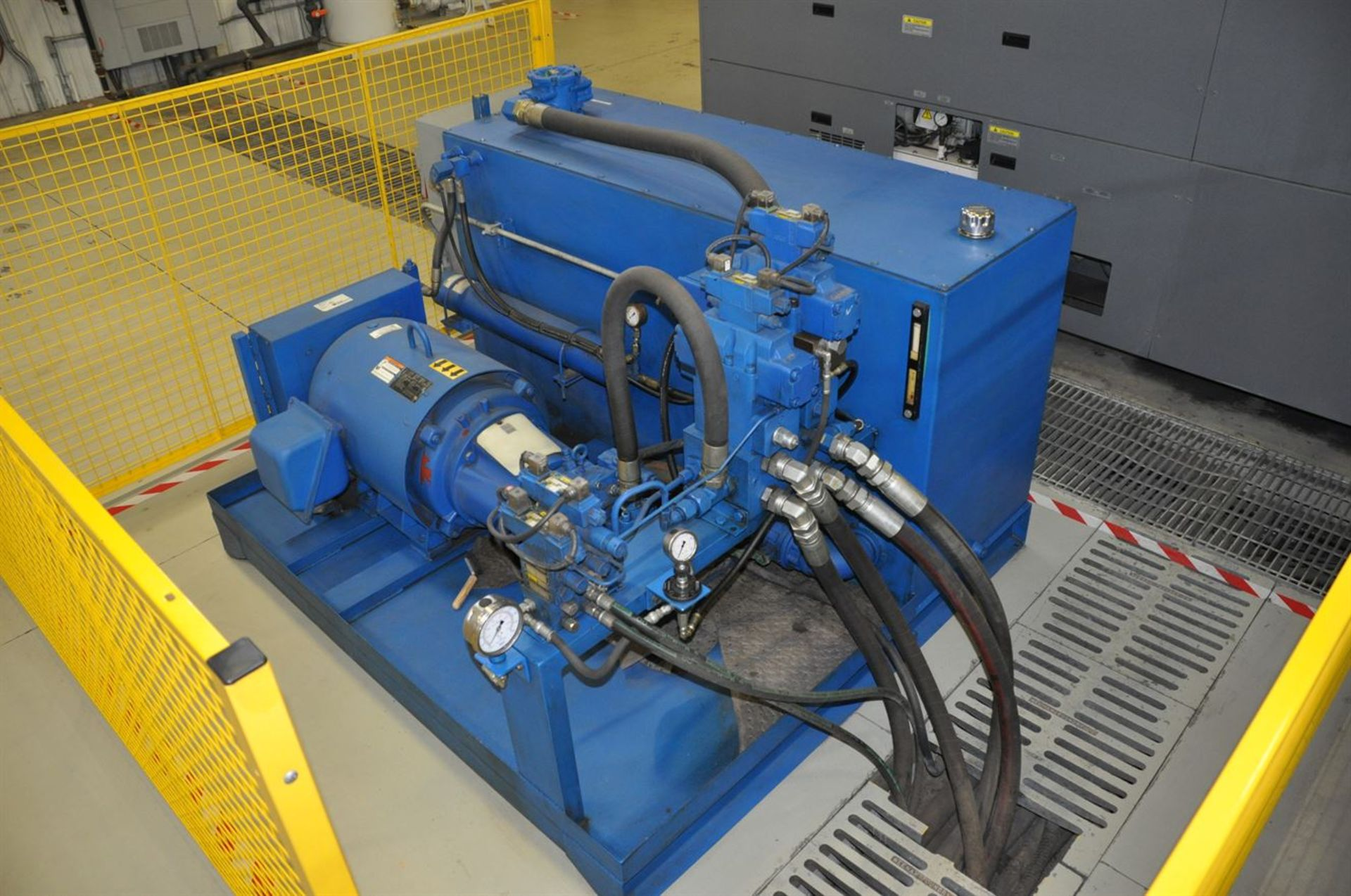 2012 MECHANICAL REPAIR & ENGINEERING INC. 500 Ton Horizontal Hydraulic Swaging Press, s/n 21587, - Image 3 of 5