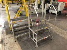 Lot Comprising (3) Aluminum Step Ladders, (3D)