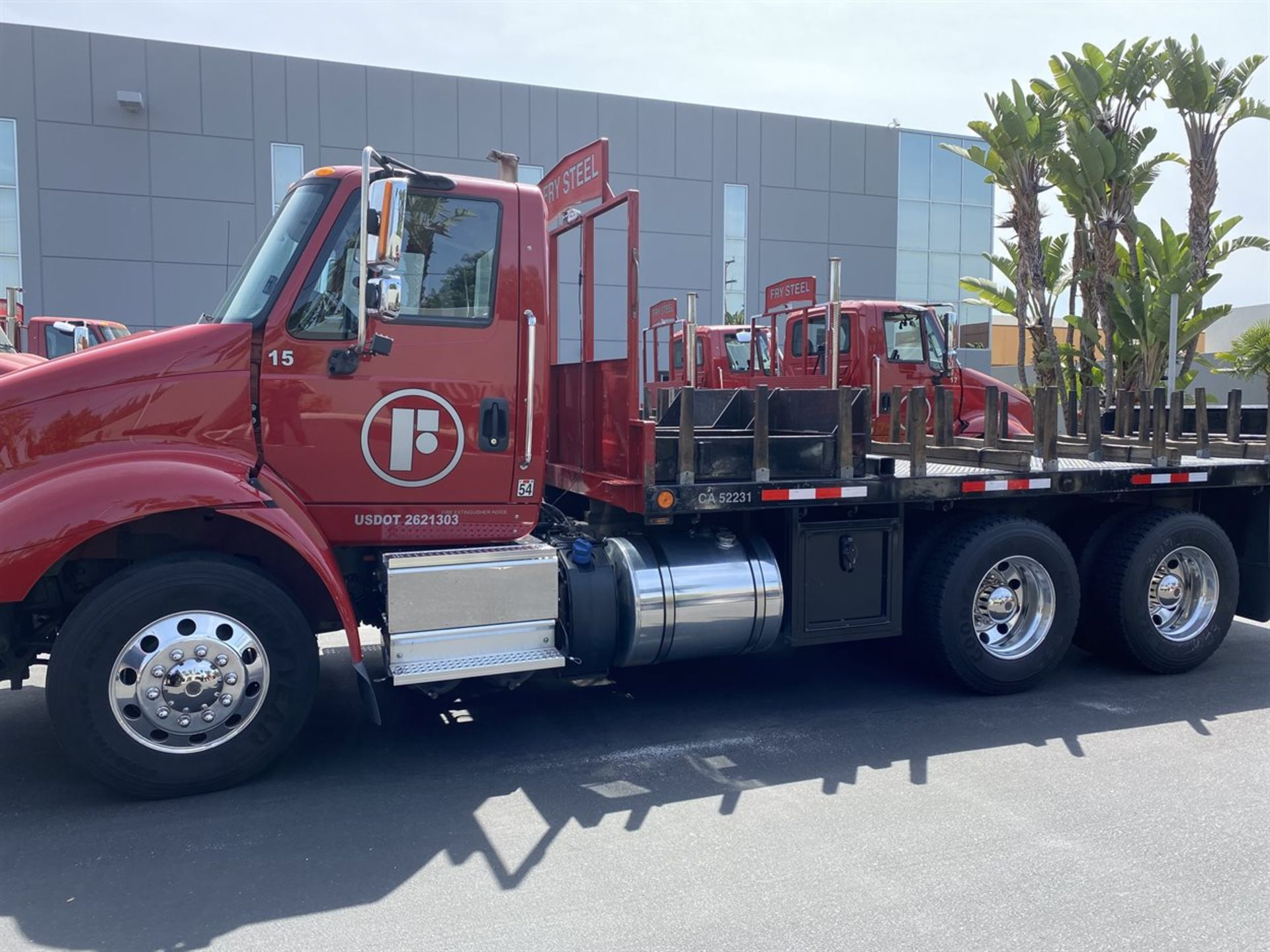 2016 INTERNATIONAL 18' Stake Bed Truck, VIN 1HTHXSNR4GH132503, 129,562 Miles at time of inspection - Image 3 of 21