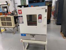"Yamato DKN602 Constant Temperature Oven, 482 Deg F Max Temp, 22"" x 19"" x 20"" Deep, s/n B9300032"