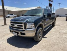 2005 Ford F350 King Ranch SRW 4x4 Crew Cab Long Bed, Leather, 295K Miles, VIN # 1FTWW31P15EC32199