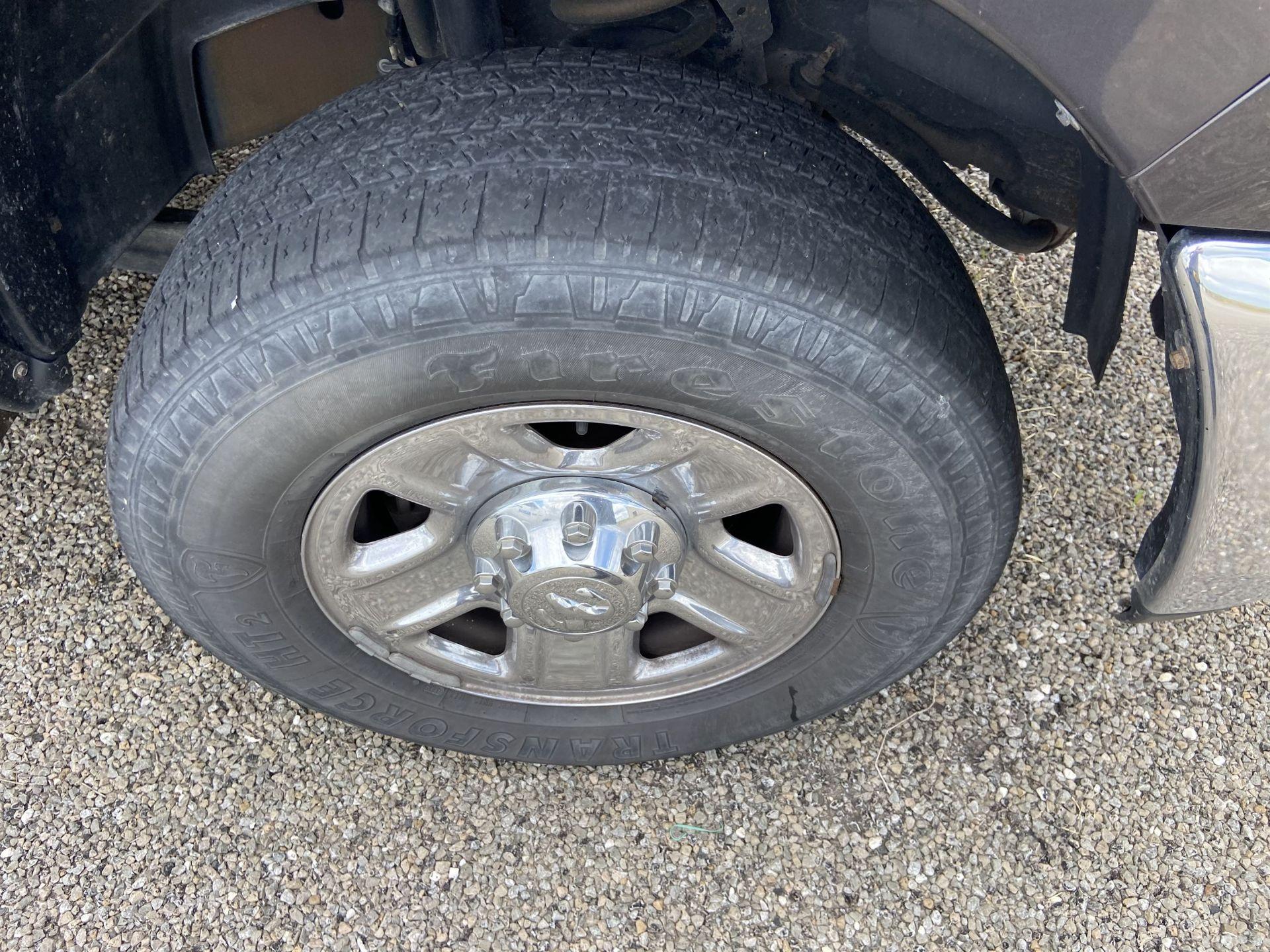 2013 Dodge Ram 2500 HD Crew Cab Long Bed, 251K Miles, Cloth, 4X4, Diesel, VIN # 3C6UR5HL1EG135730 - Image 8 of 17