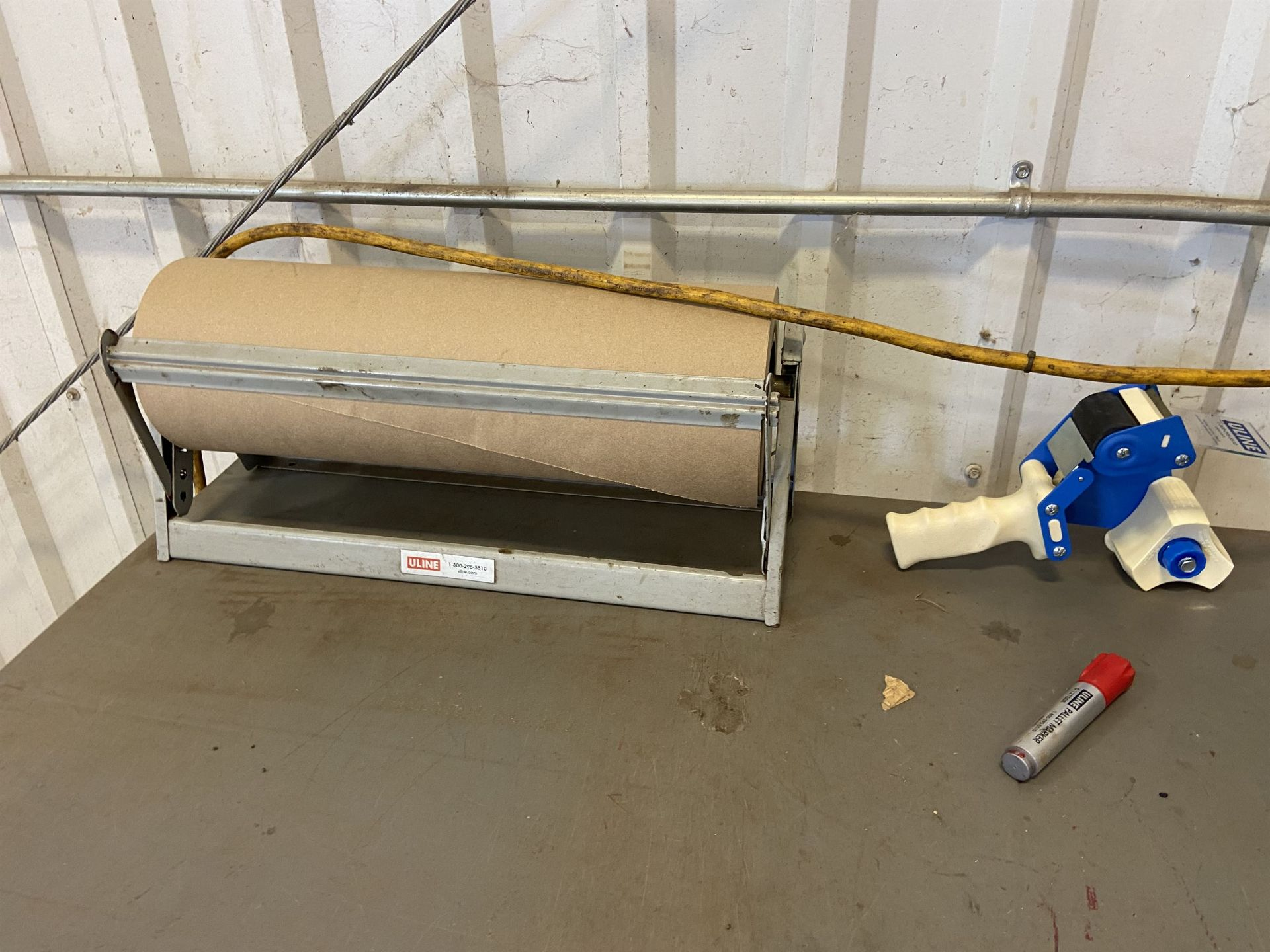 4x4 Scale with Bench Reader and Shipping Area - Image 4 of 5
