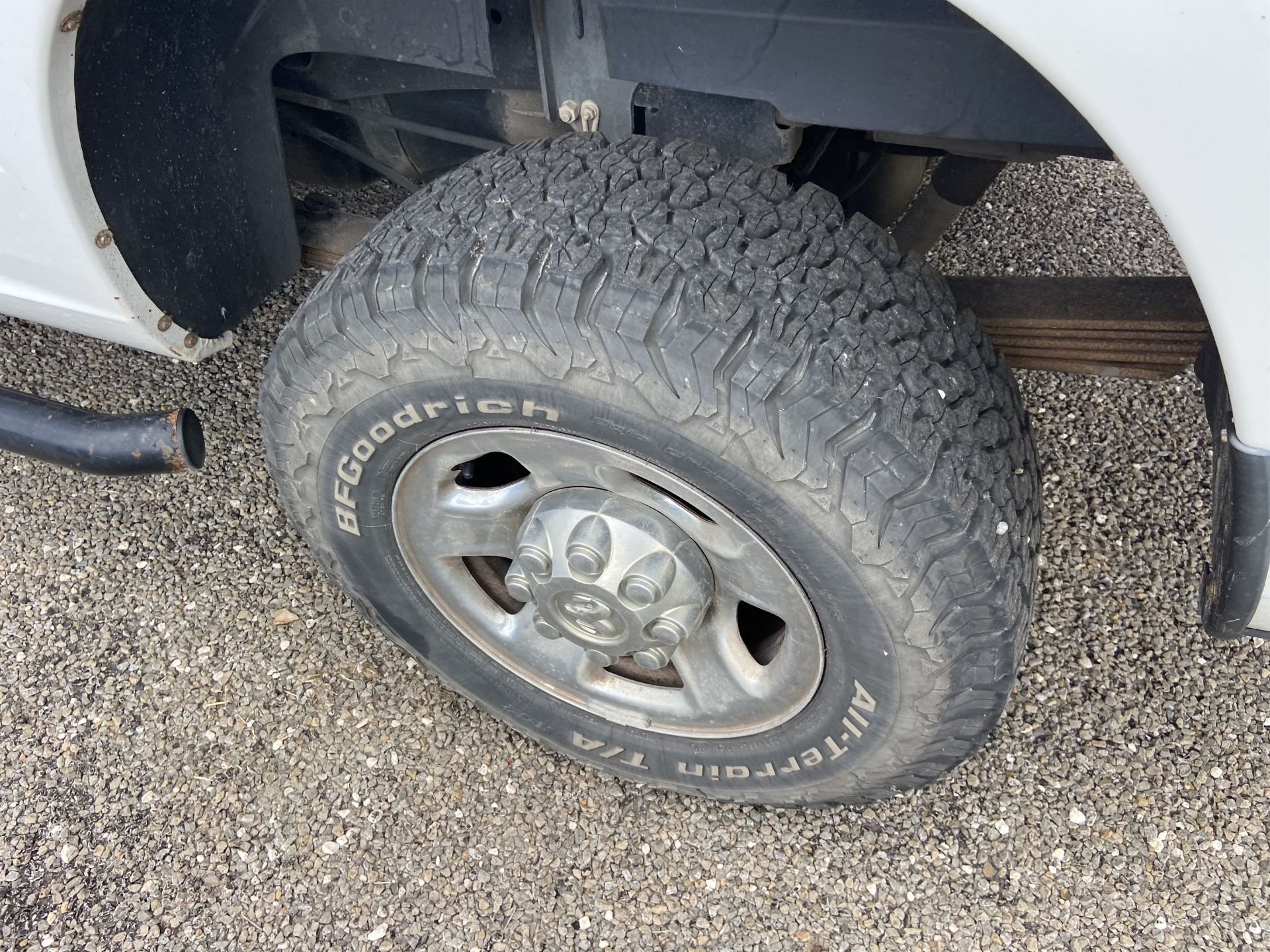 2011 Dodge Ram 2500 HD Crew Cab Long Bed, 212k Miles, Vinyl, 4x4, Gas, VIN # 3D7TT2CT9BG626009 - Image 5 of 16